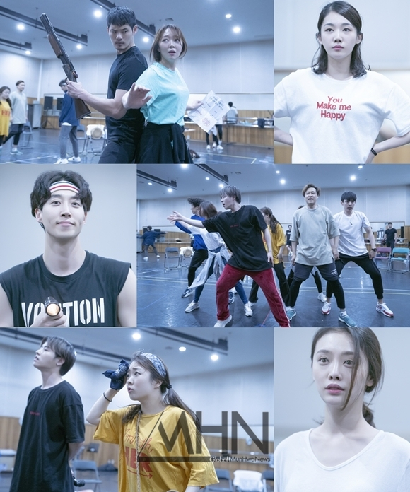 [REHEARSAL PHOTOS] Rehearsals of The Musical 'Evil Dead'
