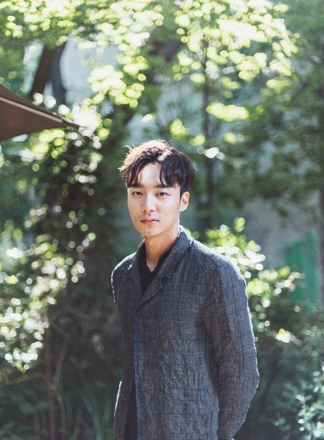 Roy Kim will return to Korea soon to attend police probe over illegal sex video scandal