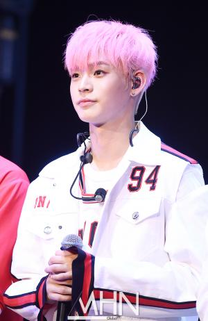 ONF 'Handsome guy'Hyojin, Shining eyes'